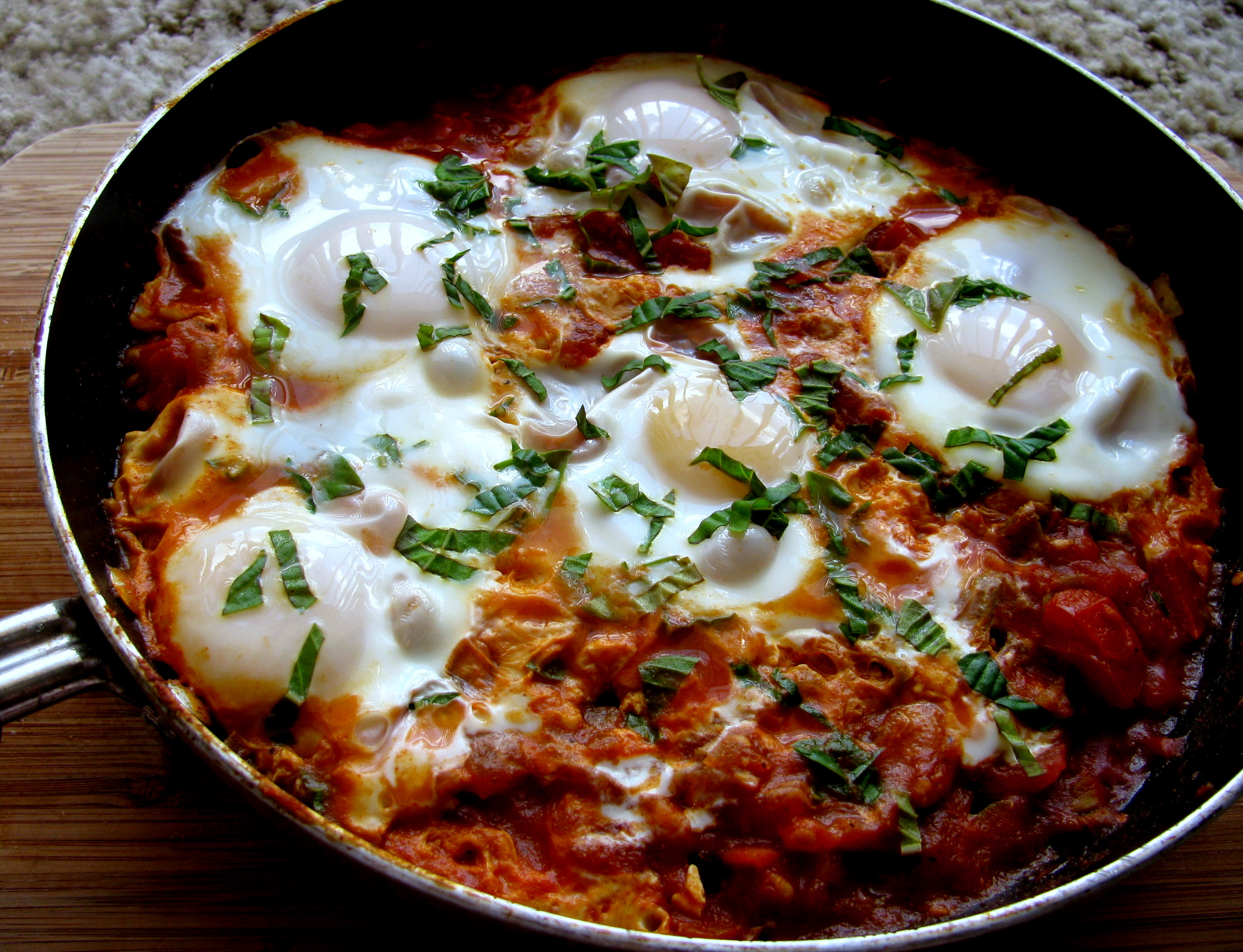 Shakshuka. Or is it Shakshouka? | Turning Over a New Leaf